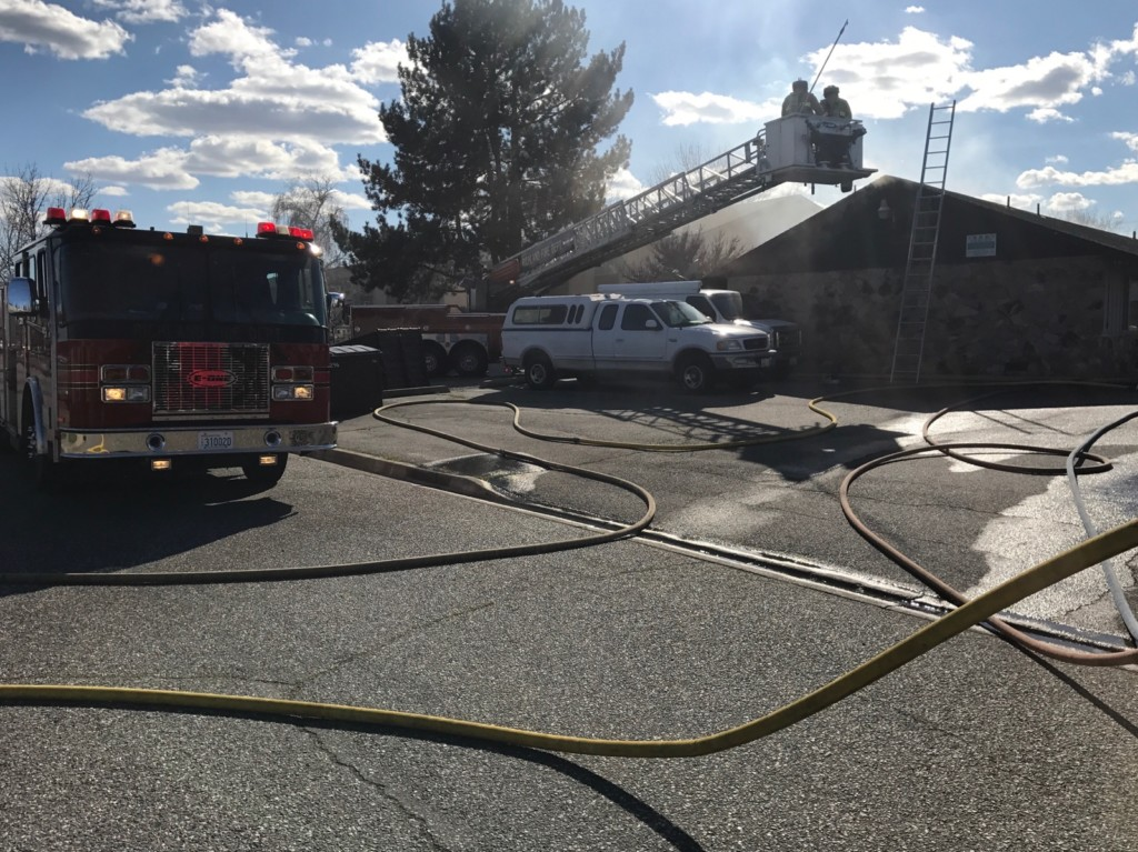 Richland apartment complex damaged by 2-alarm fire