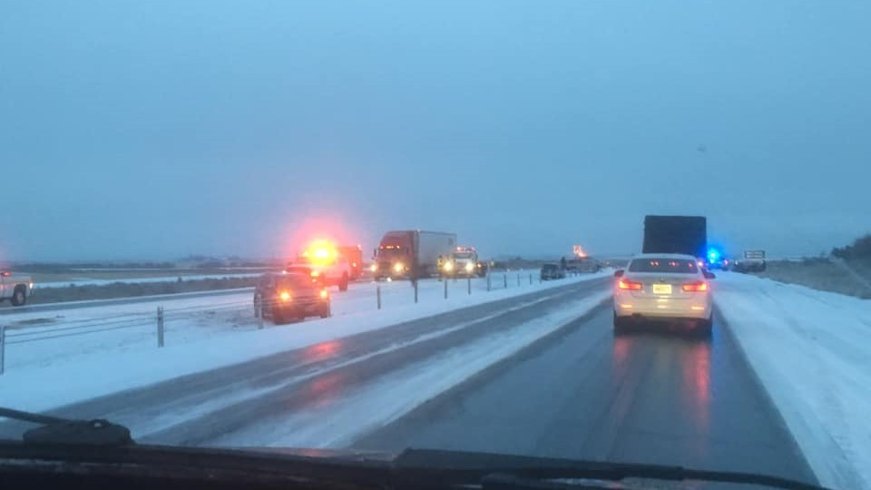 I-90 eastbound at Adams Road closed due to crashes, Grant County Sheriff's Office says