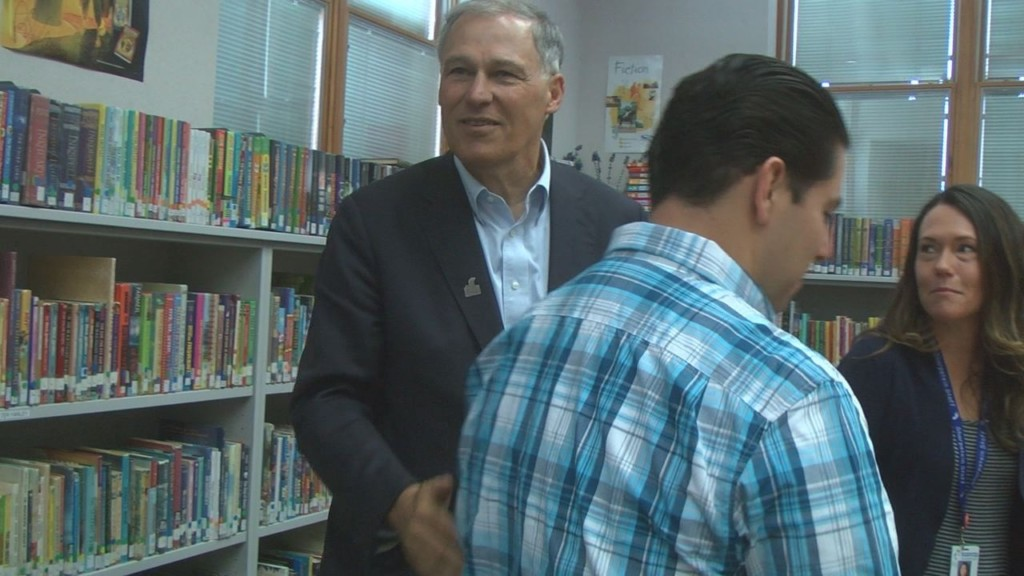 Inslee pushes for education with visit to Sharpstein Elementary