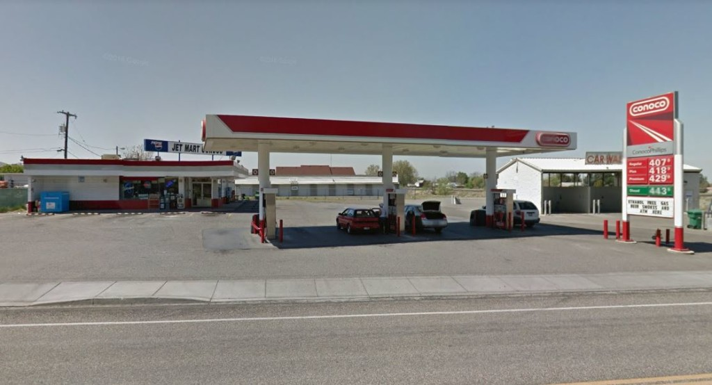 2 suspects at large following drive-by in Kennewick