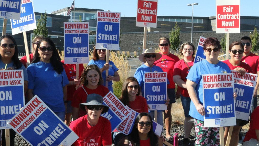 Kennewick teachers prepare for second day of strike; school canceled again
