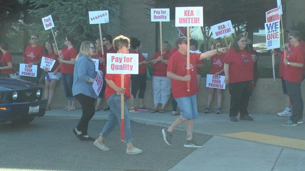 Kennewick teachers to strike on first day of school if no agreement is met