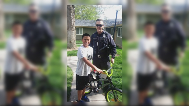 Sunnyside police officer buys bike for 10-year-old to replace stolen one