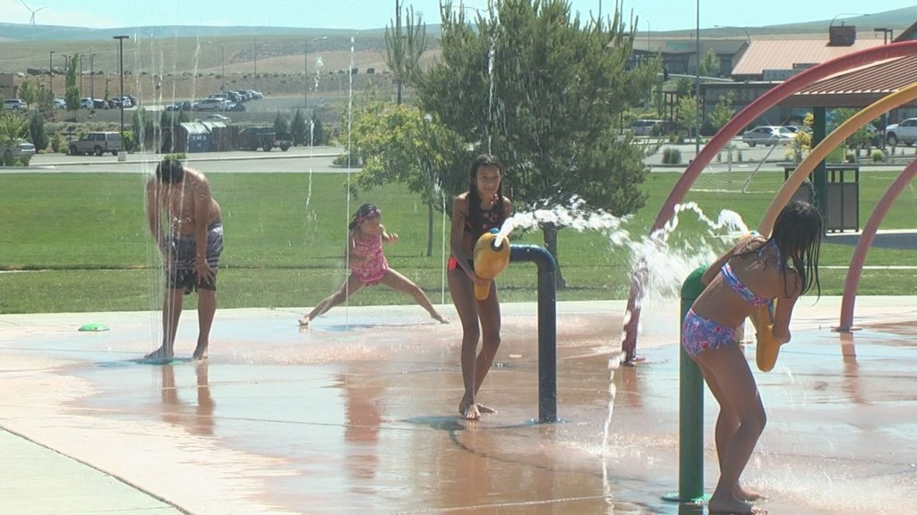 Parents: Splash pads safer, cheaper way to cool off in the summer