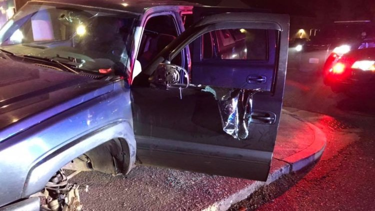 Stolen truck crashes into Kennewick building following police chase