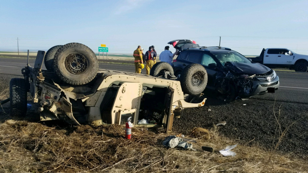 2 soldiers injured in Humvee rollover on I-84 near Pendleton