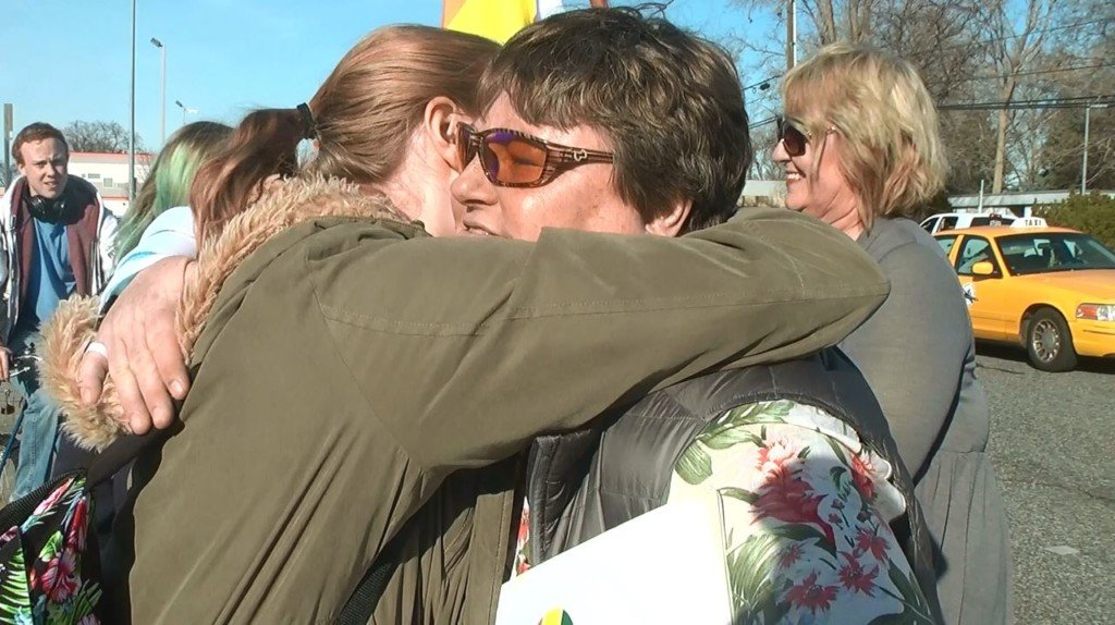 'Love Army' comforts Kennewick students after Florida shooting