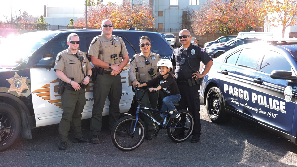 Officers help Pasco boy replace stolen BMX bike