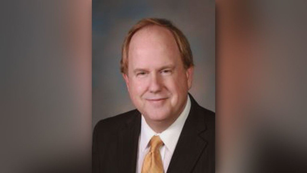 Kennewick Mayor Don Britain ethics complaint filed