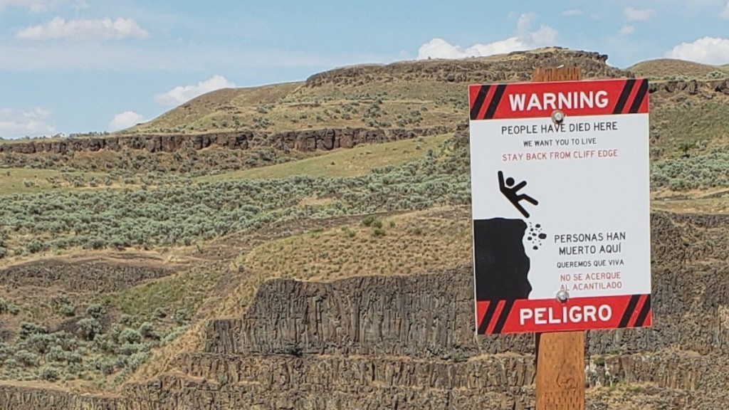 'People have died here': New signs at Palouse Falls send bold message