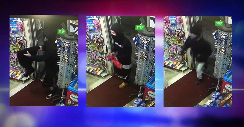 3 men rob Pasco convenience store at gunpoint