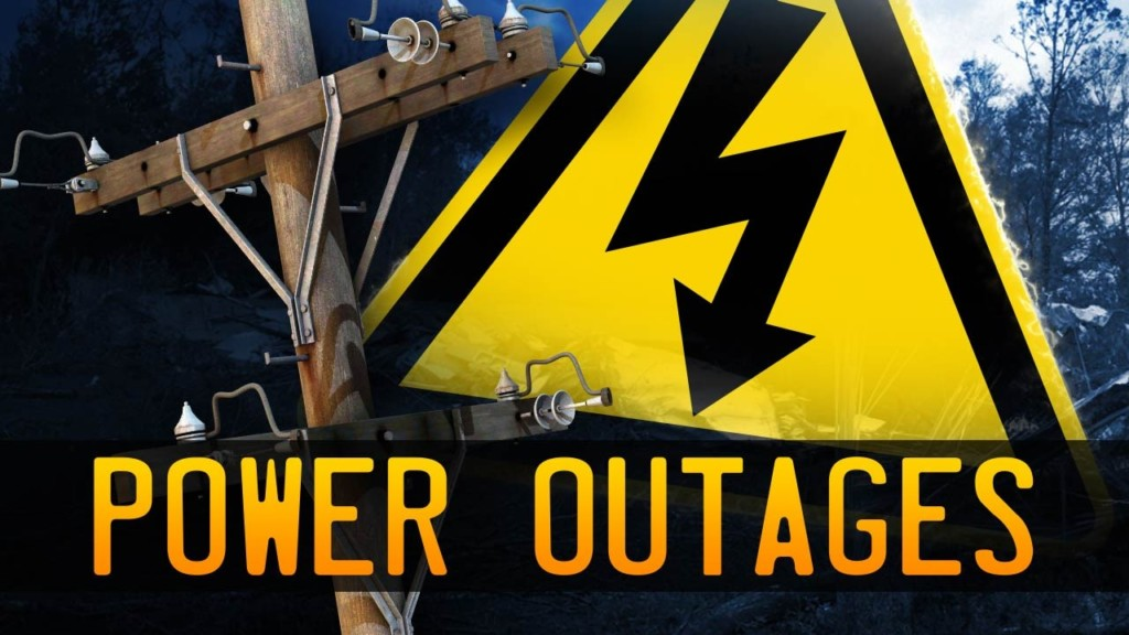 Lightning causes power outage near Wapato