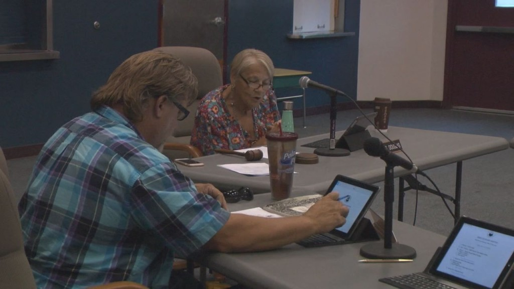 Prosser School District includes ACLU suggestions in new social media policy