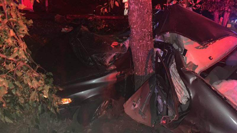 16-year-old dead, three other teens hurt after car wraps around tree in Puyallup