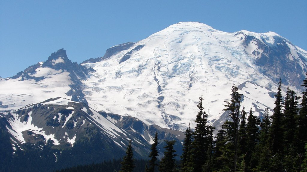 Mt. Rainier National Park closed to vehicles until further notice