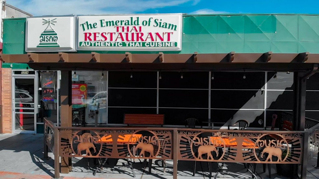 Tri-Cities' first Thai restaurant celebrates 35 years of sharing culture