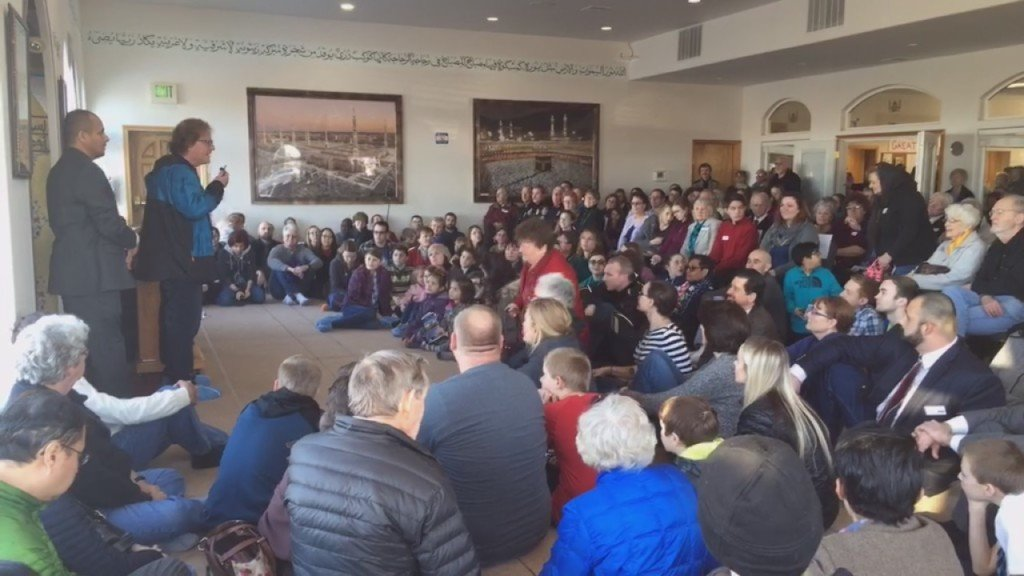 'I am…fashionable to hate': Immigrant moves crowd at local Islamic Center