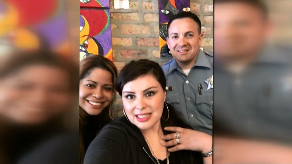 Moxee woman reunited with stolen ring found in Chicago