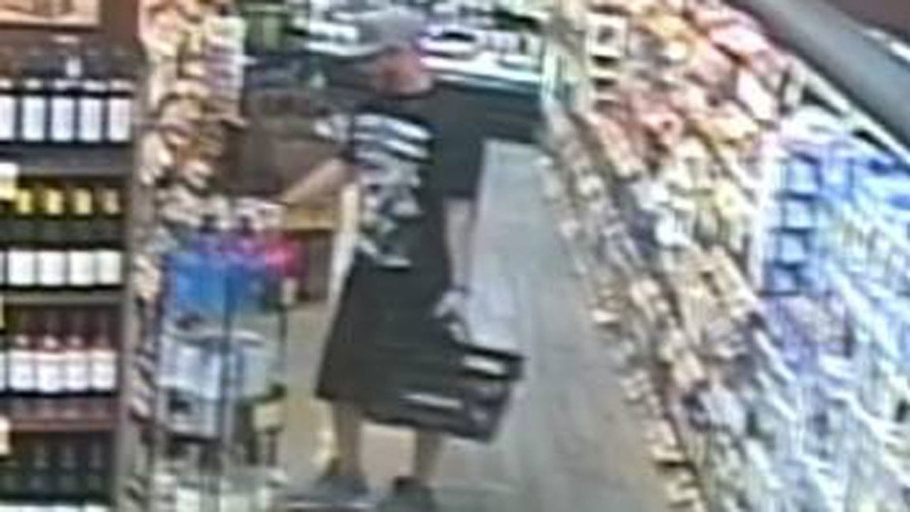 Richland police search for alleged alcohol thief