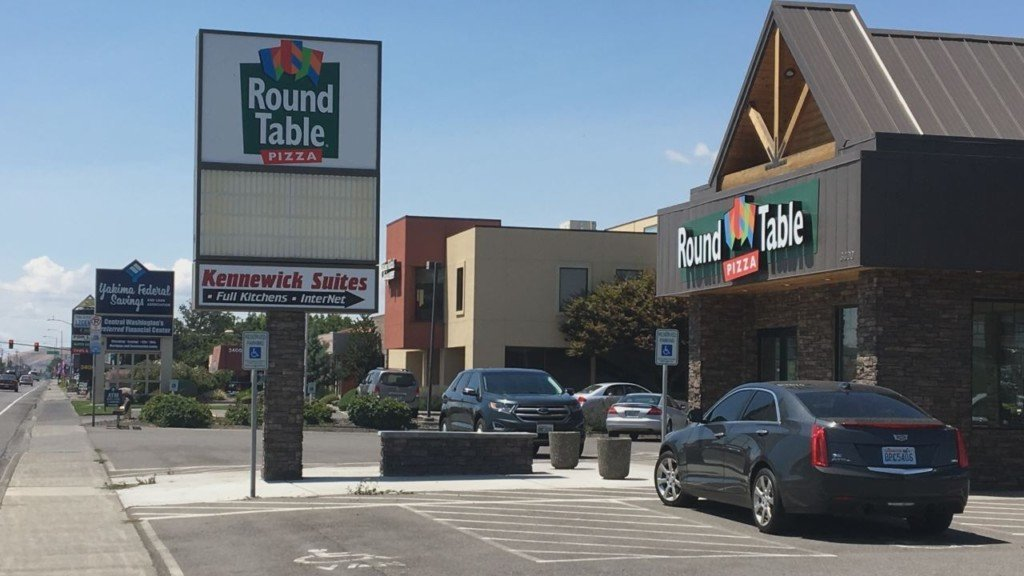 Kennewick nonprofit buys Round Table Pizzas in Tri-Cities