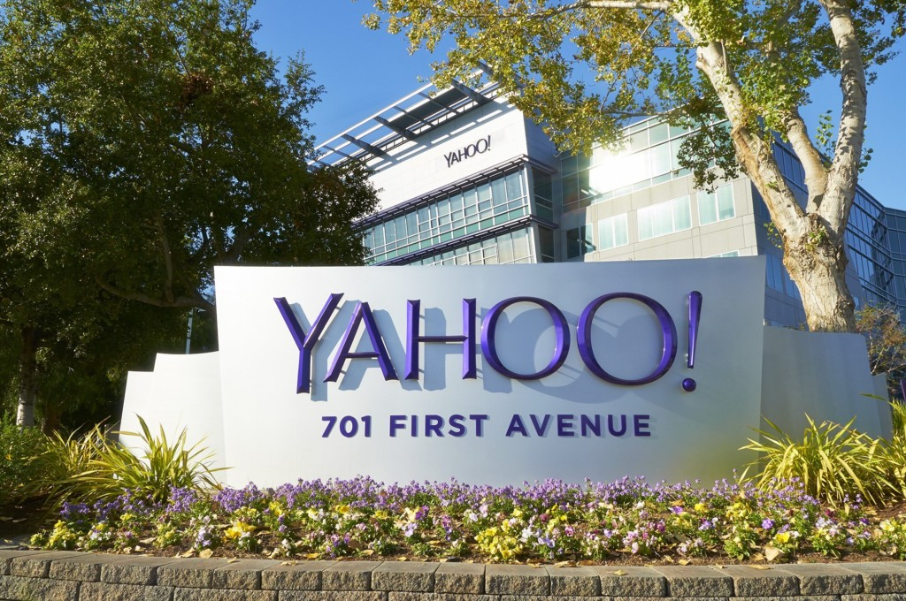 Yahoo lays off 15% of staff after posting a massive loss