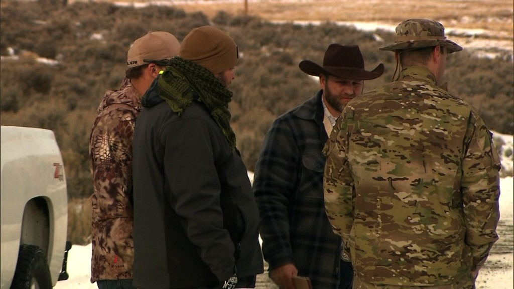 Oregon standoff: Holdouts offer peaceful exit but say they're 'not afraid to die'