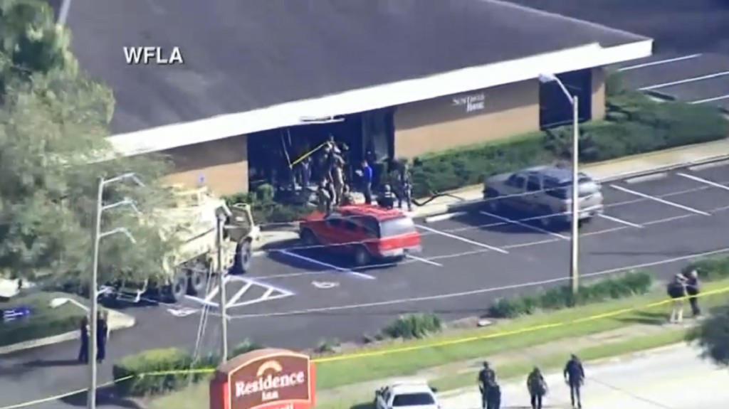 Police: 5 fatally shot inside Florida bank; suspect arrested