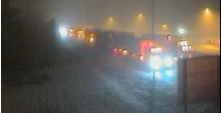 Icy roads and accidents close I-90 in both directions over Snoqualmie Pass