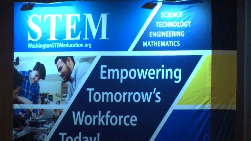 Educators discuss how to make Mid-Columbia schools 'national models' of STEM education
