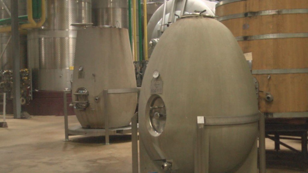 New concrete egg winemaking trend succeeds at Columbia Crest Winery