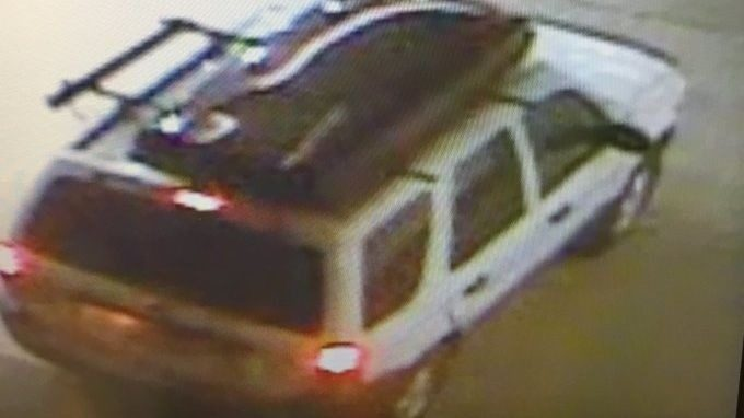 Two burglars take off with ATM in Grant County