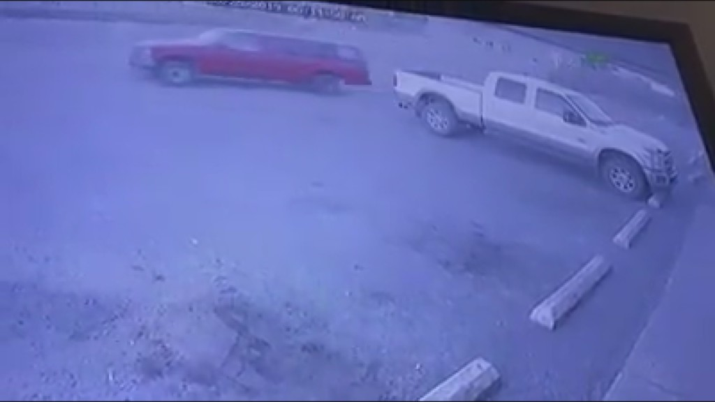 Police: Man's pickup truck stolen while he was stealing from Kennewick business