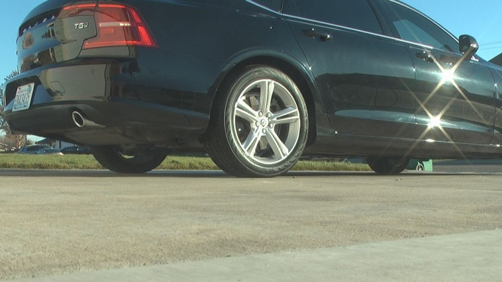 New luxury car service launches in Tri-Cities