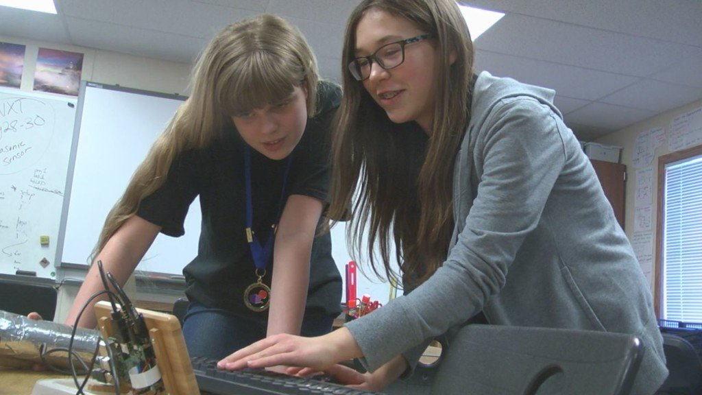 Kennewick middle school team heads to global competition for STEM