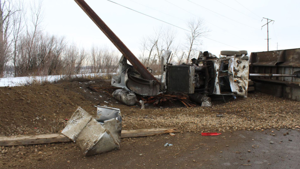 Toppenish man escapes injury in dump truck rollover