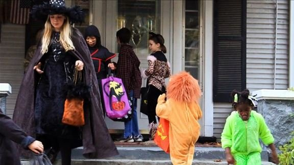 Free candy? Here's a list of places to take your kids trick-or-treating