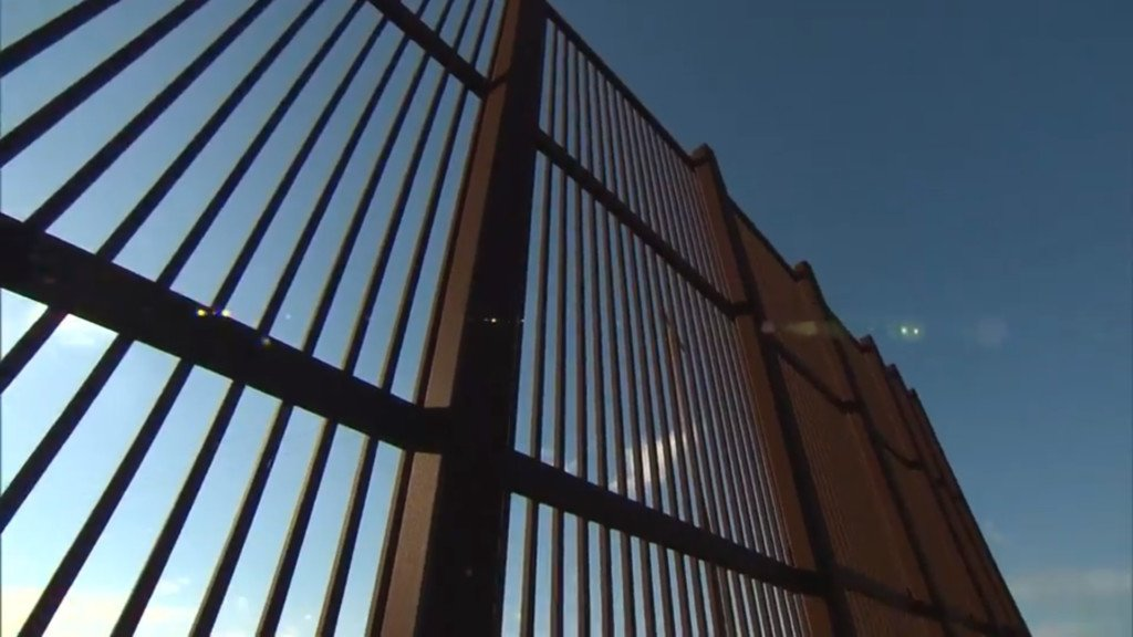 Pentagon approves military construction cash for border wall