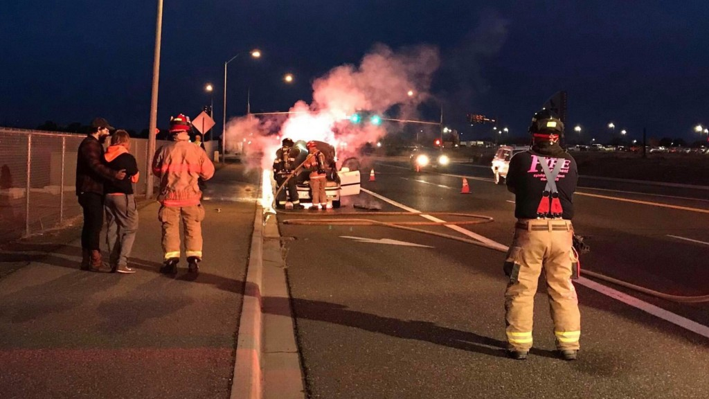 Driver, passenger escape as vehicle catches fire in Pasco