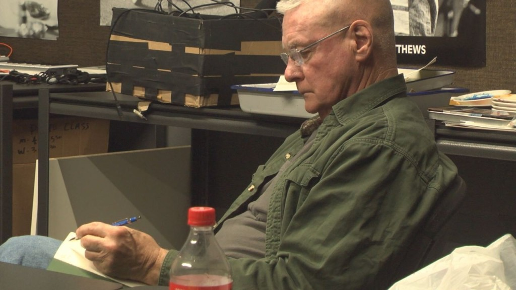 Veterans learn to cope with traumatizing experiences through writing