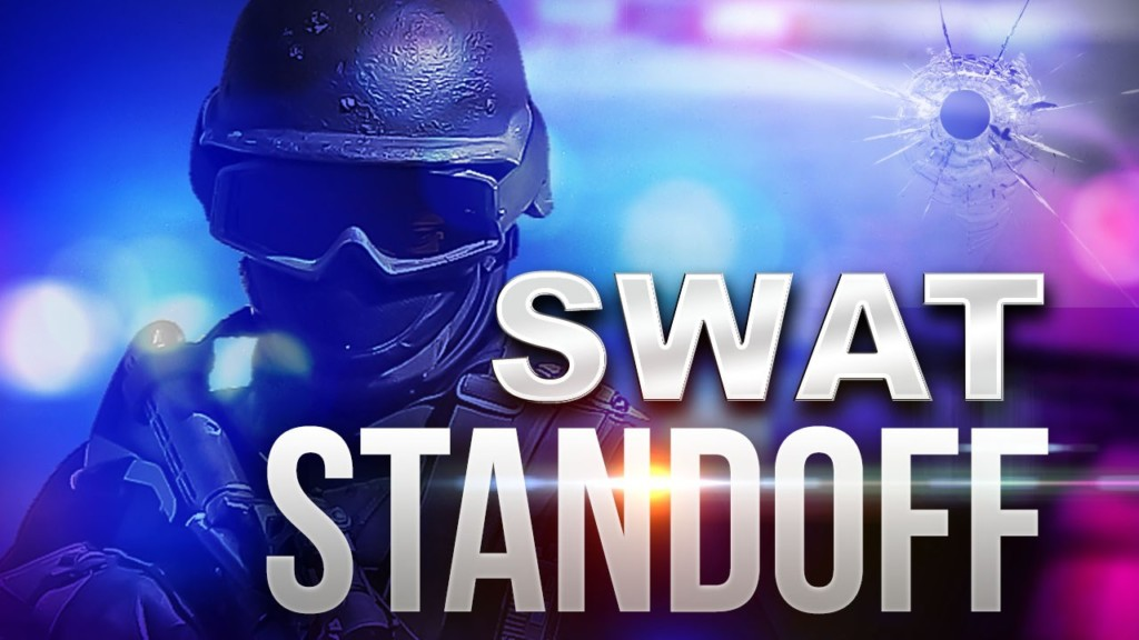 SWAT standoff in Kennewick ends peacefully