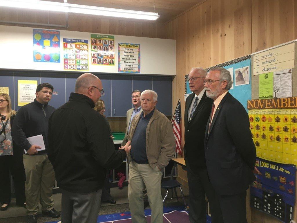 Wapato recognizes Focus on Education Month by inviting elected leaders