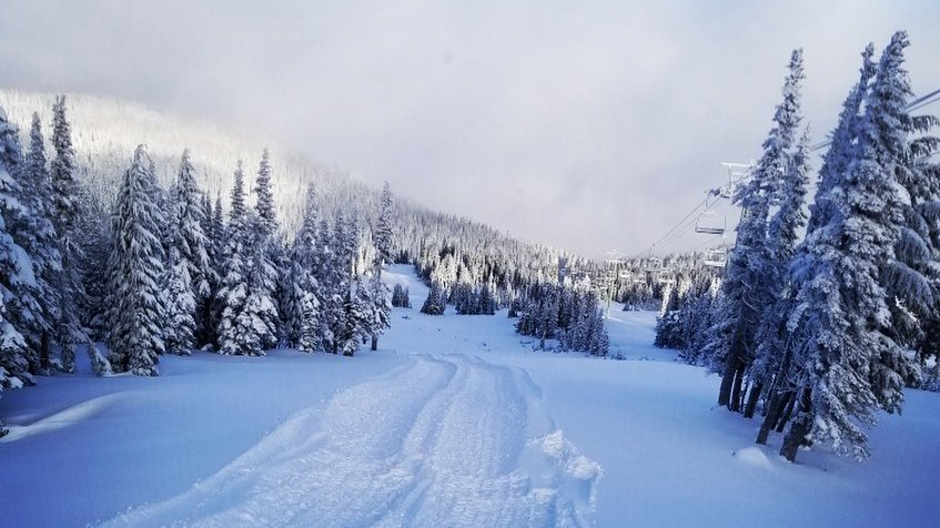 White Pass opens Saturday after getting 18 inches of snow in 24 hours