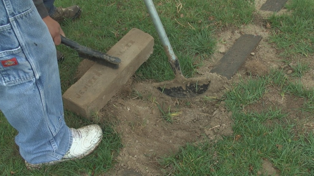 Over 300 missing headstones found at Wapato Cemetery