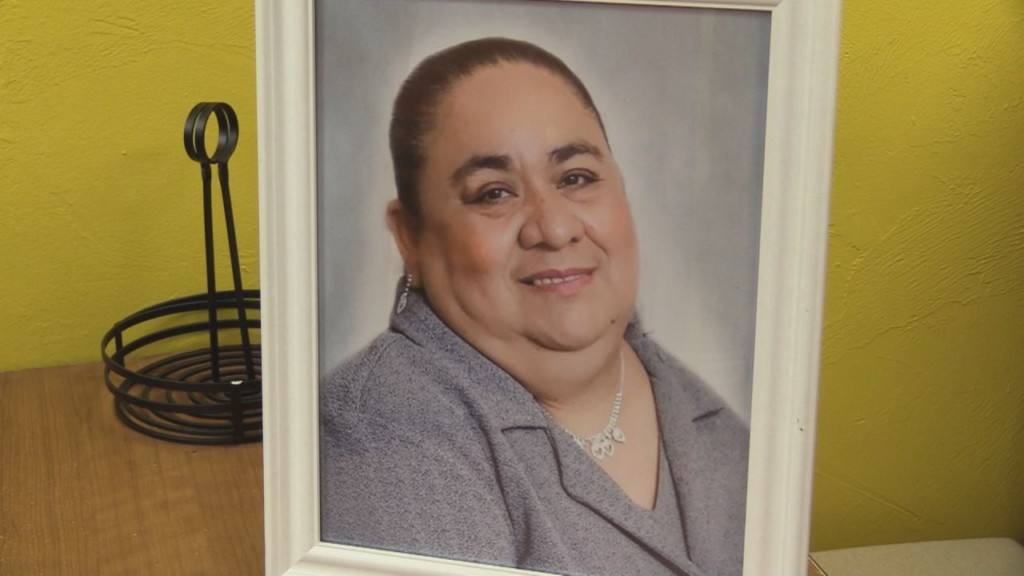 EXCLUSIVE: Prosser Family Honors Late-Mother