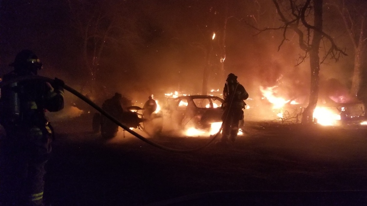 Fire destroys vehicles and motor home in Umatilla County