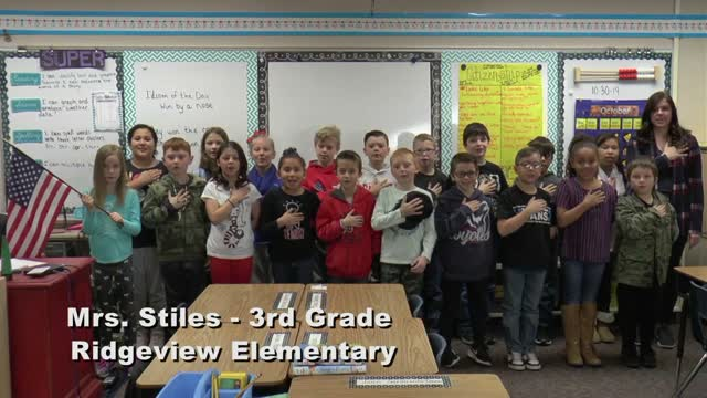 Raise The Flag Mrs. Stiles' 3rd Grade Class At Ridgeview Elementary