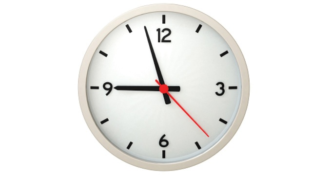 Experts: Permanent daylight saving time could affect health