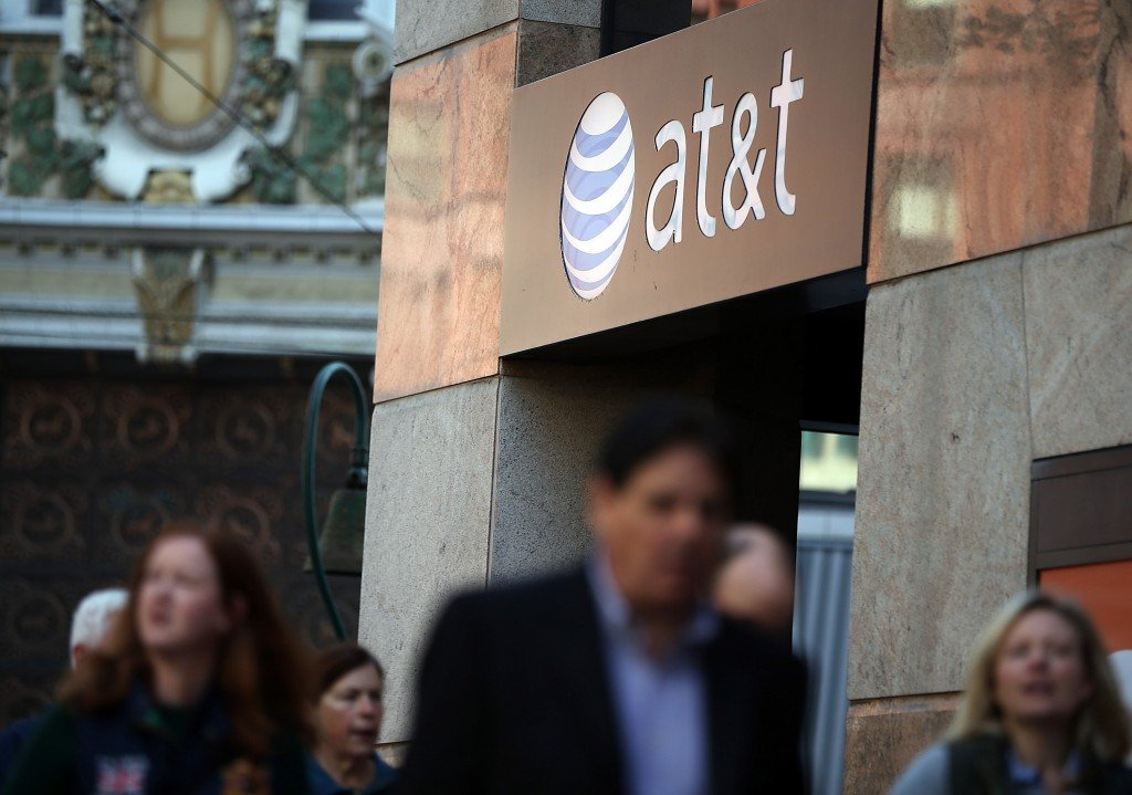 Activist investor takes big stake in AT&T