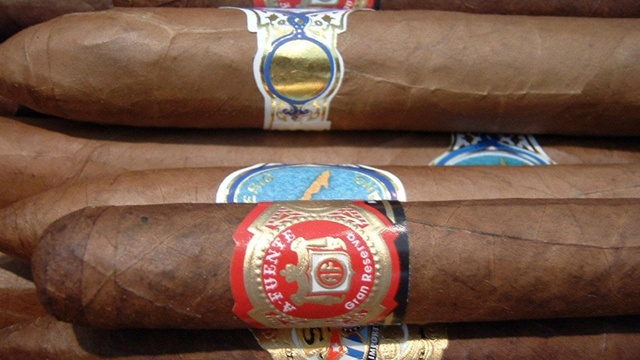 Pick quality cigars for Father's Day gifts