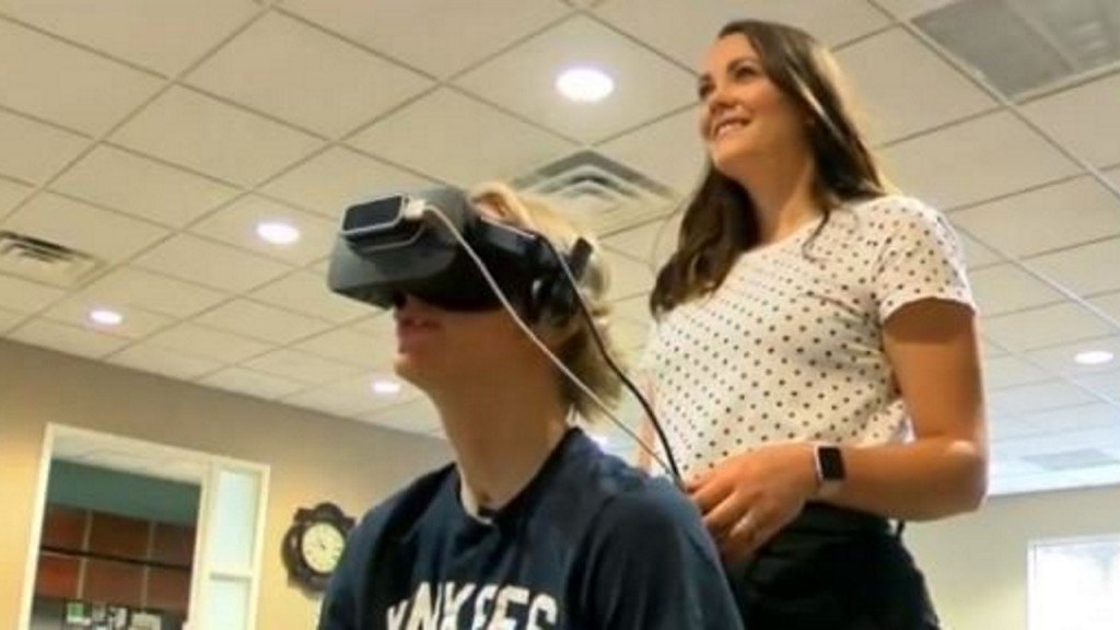 Virtual Reality helps patients during physical therapy sessions